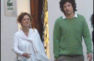 Susan Sarandon : Promenade romantique avec son très, très jeune amoureux !