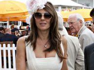 Elizabeth Hurley : Le luxe, elle adore... Regardez un peu ce qu'elle porte autour du cou !