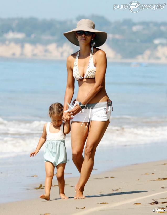 Halle Berry et sa fille Nahla au bord de la mer à Los Angeles