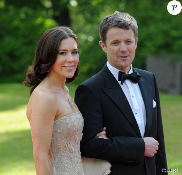 Très heureux événement chez le couple héritier de Danemark : Frederik et Mary, déjà parents de Christian et Isabella, attendent des jumeaux !