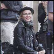 Madonna a repris du poil de la bête... on dirait une jeune fille !