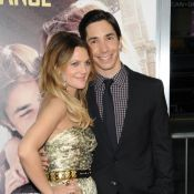 La sublime Drew Barrymore collée-serrée à son Justin Long et... à son ex belle-maman !