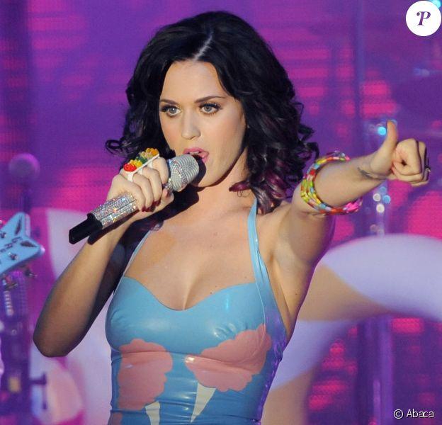 Katy Perry participe à la soirée de lancement de son album Teenage Dream avant de donner un showcase exclusif à Berlin, dimanche 5 septembre.