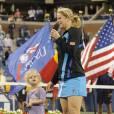 Pour le troisième triomphe de la Belge Kim Clijsters à l'US Open, étrillant en finale la malheureuse Zvonareva (qui finit en larmes), sa fillette Jada, 2 ans, a ravi le public en partageant le bonheur de sa maman.