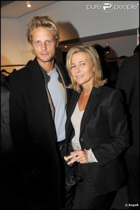 Claire Chazal et Arnaud Lemaire lors de l'inauguration de la boutique de Michel Klein au 9 rue Jacob dans le 6e arrondissement de Paris le 30 septembre 2010