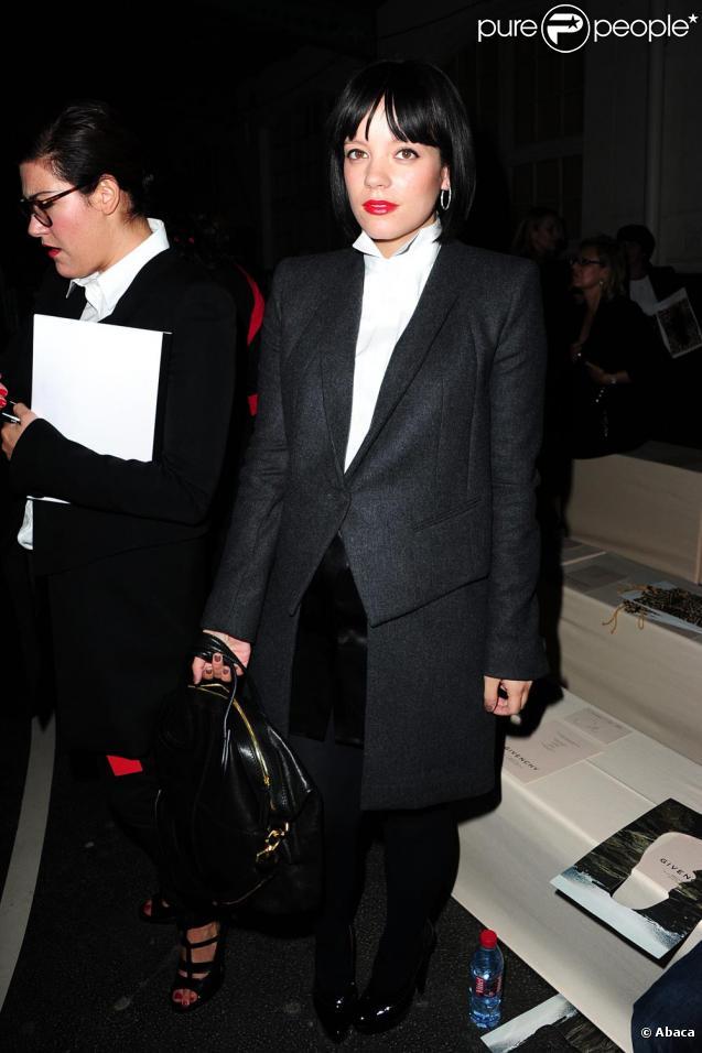 Lily Allen lors du défilé Givenchy à Paris le 3/10/10