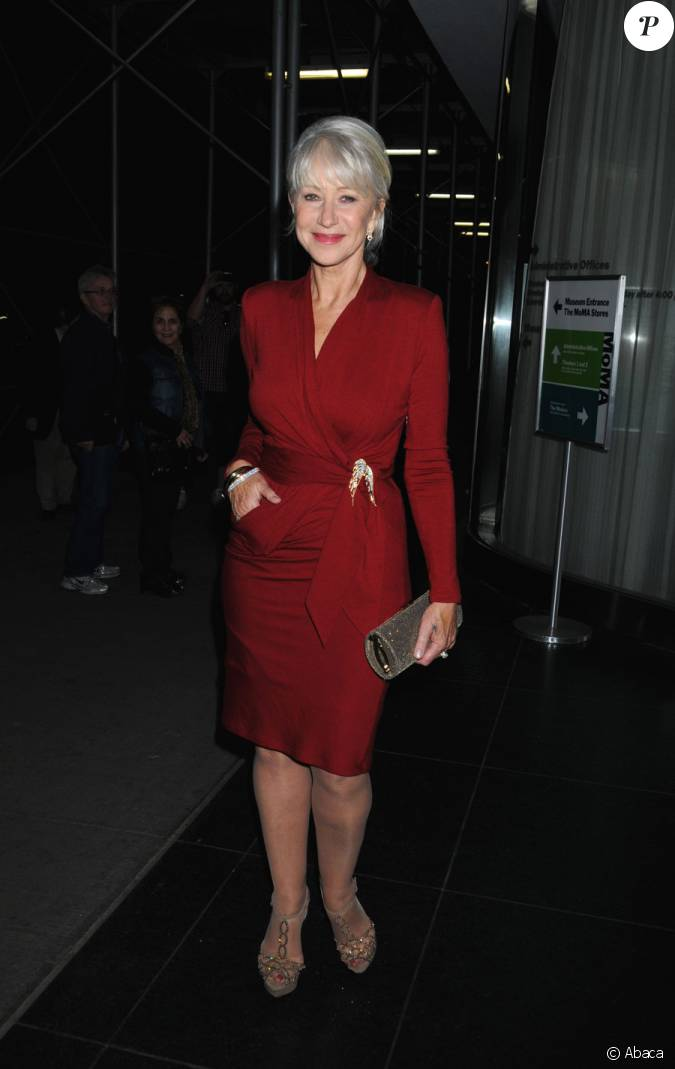 Helen mirren lors de la projection de red new york le 3 for People s choice 65