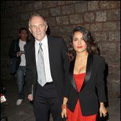 Salma Hayek et Claudia Schiffer ardentes pour un élégant rendez-vous...