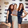 Blake Lively entourée de ses soeurs Robyn et Lori lors de la soirée Scream 2010 des Spike TV Awards le 16 octobre 2010 à Los Angeles