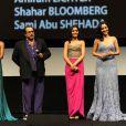 Rula Jebreal, Julian Schnabel, Freida Pinto et Yasmine Elmasri à l'occasion de la présentation de  Miral , dans le cadre du Festival International du Film d'Abu Dhabi, aux Emirats Arabes Unis, le 21 octobre 2010.