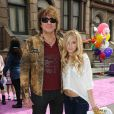 Ava Sambora et son père Richie Sambora lors du 4e Variety's Power of Youth annuel aux studios Paramount à Los Angeles le 24 octobre 2010