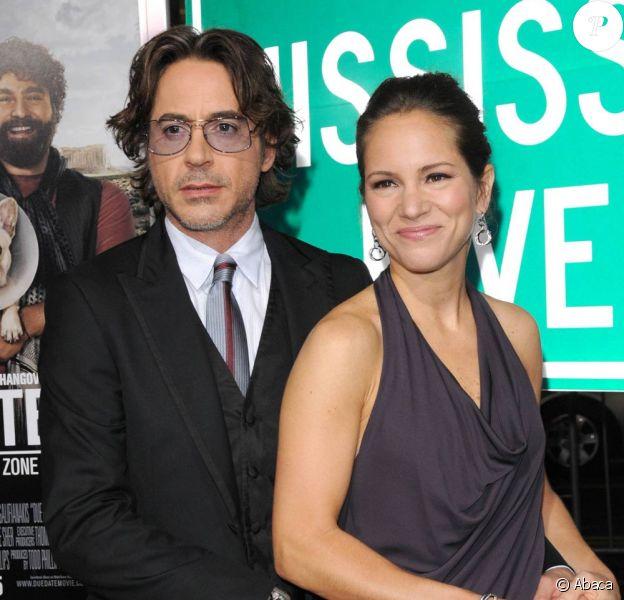 Robert Downey Jr. et Susan Downey, à l'occasion de l'avant-première de Date Limite, dans l'enceinte du Graumann's Chinese Theatre d'Hollywood, à Los Angeles, le 28 octobre 2010.