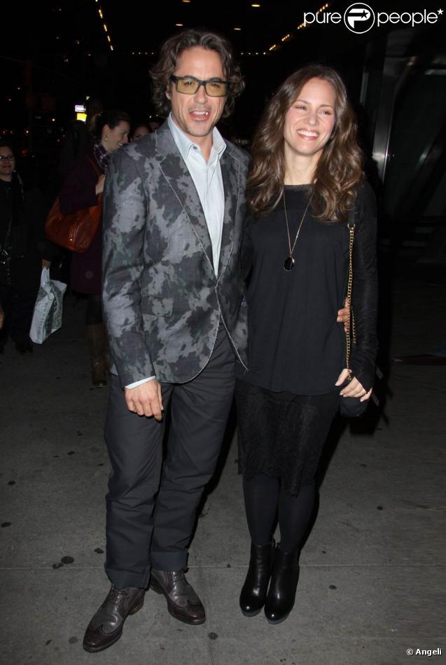 Robert Downey Jr. et sa femme Susan à l'occasion de l'avant-première de  Date Limite , au Cinema Society du Loews Lincoln Square, à New York, le 1er novembre 2010.