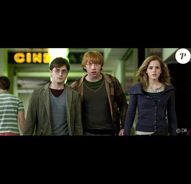 Daniel Radcliffe, Rupert Grint et Emma Watson dans Harry Potter et les Reliques de la mort - partie I