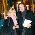 Nicoletta et son futur mari Jean-Christophe se rendant à un concert de Régine en 2004