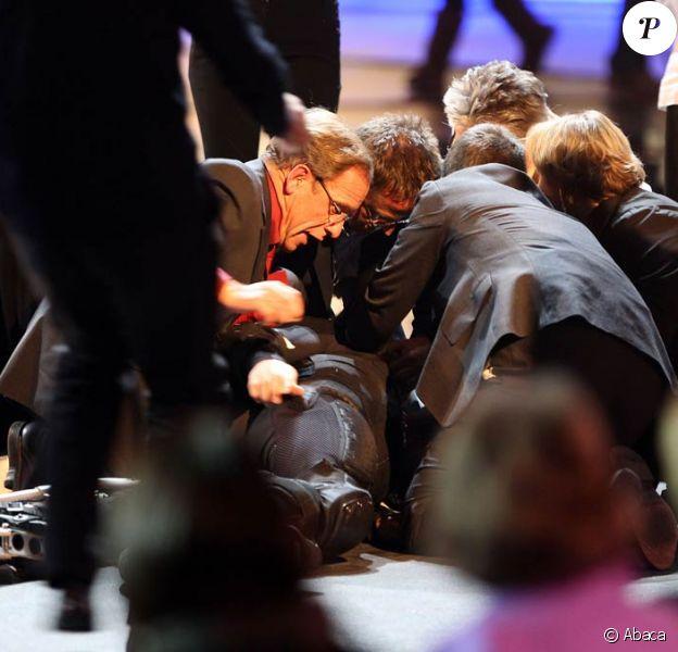 """Samuel Koch victime d'un accident durant le show """"Wetten Dass...?"""" à Duesseldorf le 4 décembre 2010"""