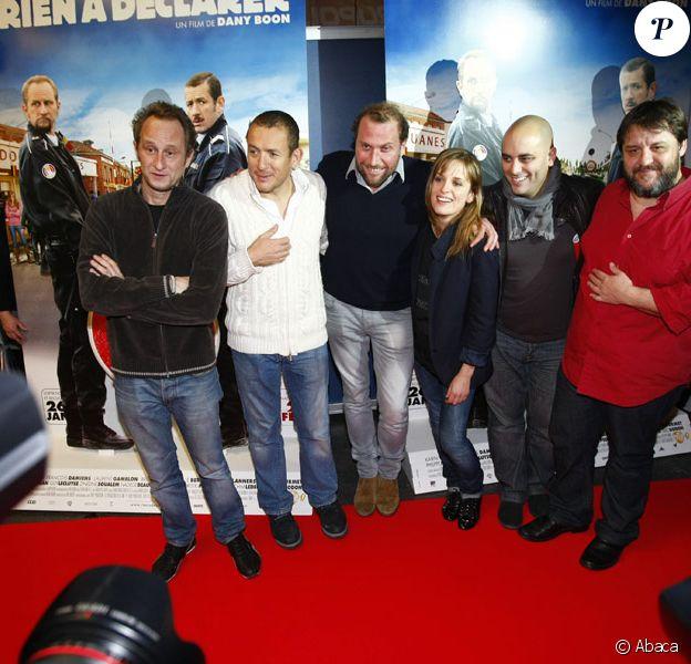 Benoit Poelvoorde, Dany Boon, Francois Damiens, Julie Bernard, Jerome Commandeur et Guy Lecluyse lors de l'avant-première de Rien à déclarer au Kinepolis de Lomme près de Lille le 12 décembre 2010