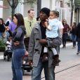 Tyrese Gibson, sa fille Shayla et sa grand-mère dans les rues de Los Angeles, le 11 décembre 2010