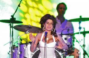 Amy Winehouse, de retour sur scène, a réservé une jolie surprise à ses fans !