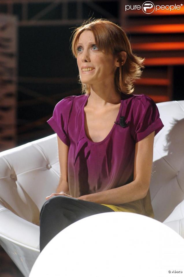 Isabelle Caro lors d'une émission de télévision, enregistrée à Rome, en mars 2010.