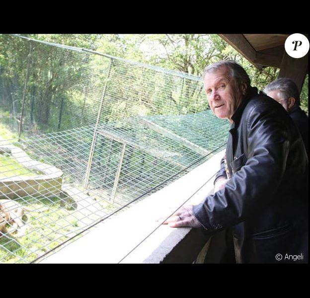 Yves Rénier et le lion Brutus