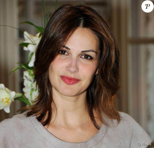 Helena Noguerra et Bénabar formeront un tandem de remettants lors de l'épisode I des Victoires de la musique, le 9 février 2011.