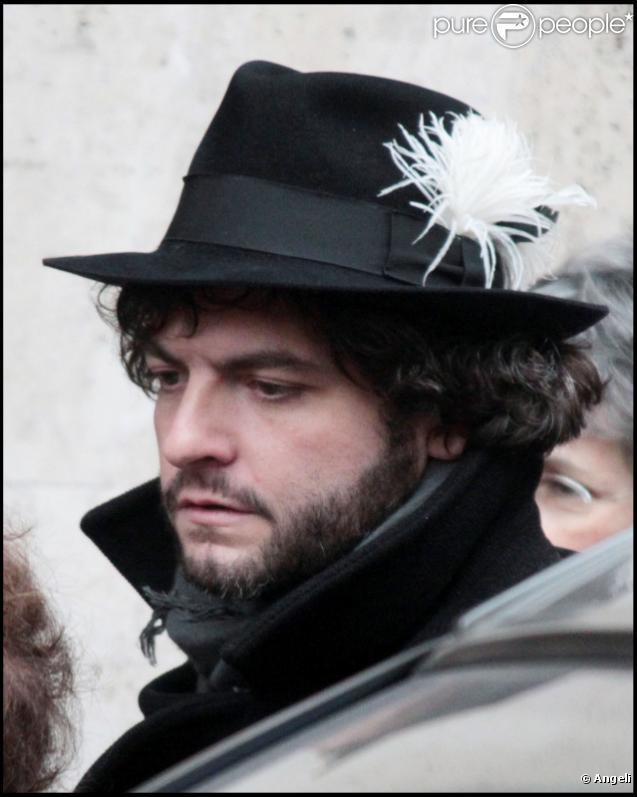 Matthieu Chedid assiste aux obsèques de sa grand-mère Andrée Chedid, le 9 février, à Paris.