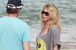 Rosanna Arquette, en vacances au soleil : Un nouvel homme dans sa vie ?