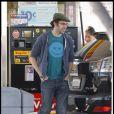 Sacha Baron Cohen et Isla Fisher font les magasins à Los Angeles, jeudi 3 février, à l'occasion du 35e anniversaire de cette dernière.