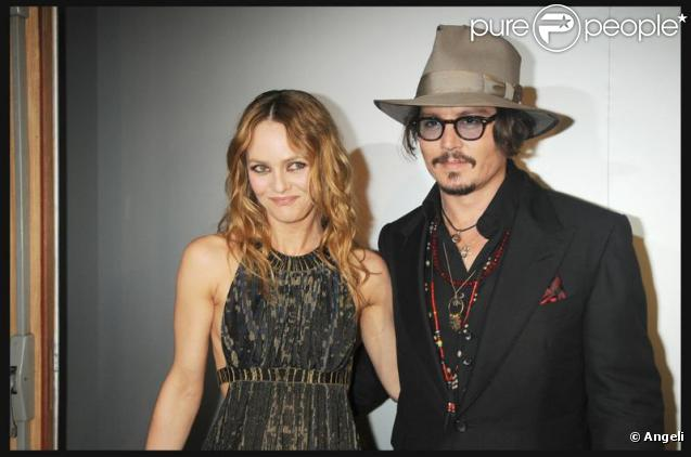 vanessa paradis et son compagnon johnny depp. Black Bedroom Furniture Sets. Home Design Ideas