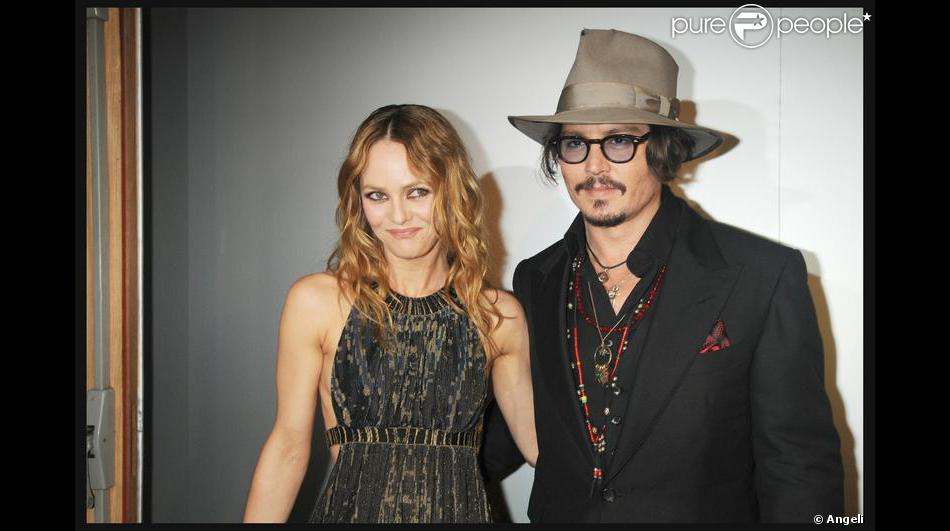 vanessa paradis et son compagnon johnny depp purepeople. Black Bedroom Furniture Sets. Home Design Ideas