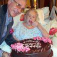Zsa Zsa Gabor fête son 94e anniversaire avec le prince Frederic von Anhalt à son domicile de Bel Air, le 6 février 2011
