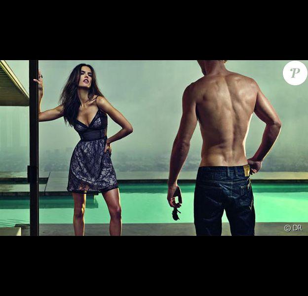 Ashton Kutcher et Alessandra Ambrosio pour la marque Colcci