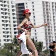 Lilly Becker passe du temps sur la plage avec son fils Amadeus et son mari Boris Becker à Miami en compagnie de leur nounou le 8 mars 2011