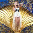 Kylie Minogue pendant sa tournée The Folies Tour en 2011