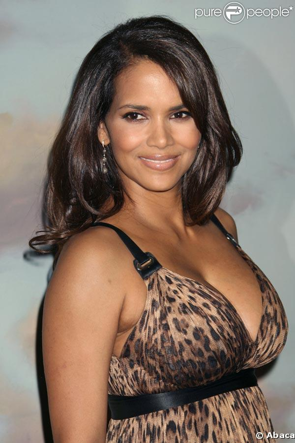 PHOTOS : Halle Berry p...
