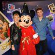 Audry Lamy et son boyfriend Thomas lors du Festival des moments magiques de Disney au Disneyland Resort Paris à Marne-La-Vallée le 2 avril 2011