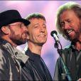 Les Bee Gees : Maurice, Robin et Barry Gibb en concert en1998