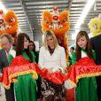 En visite officielle au Vietnam avec son époux le prince héritier Willem-Alexander, du 28 au 31 mars 2011, la princesse Maxima des Pays-Bas a osé tous les looks...