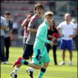 Justin Bieber s'entraîne avec le FC Barcelone, le 7 avril à Barcelone - ici avec Maxwell