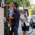 Jennifer Garner, Ben Affleck et leurs filles Violet et Seraphina se rendent au restaurant à Los Angeles, samedi 16 avril, à l'occasion de l'anniversaire de Jennifer Garner.