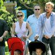 Britney Spears avec ses enfants Sean Preston et Jayden James, et son actuel petit ami, Jason Trawick.