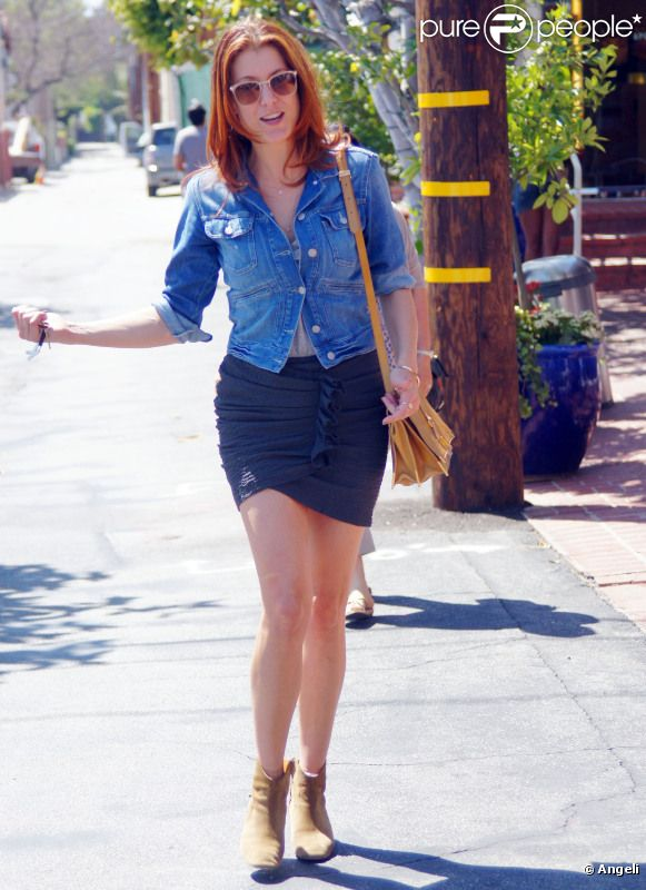 598995-kate-walsh-affiche-son-look-sexy-et-637x0-3