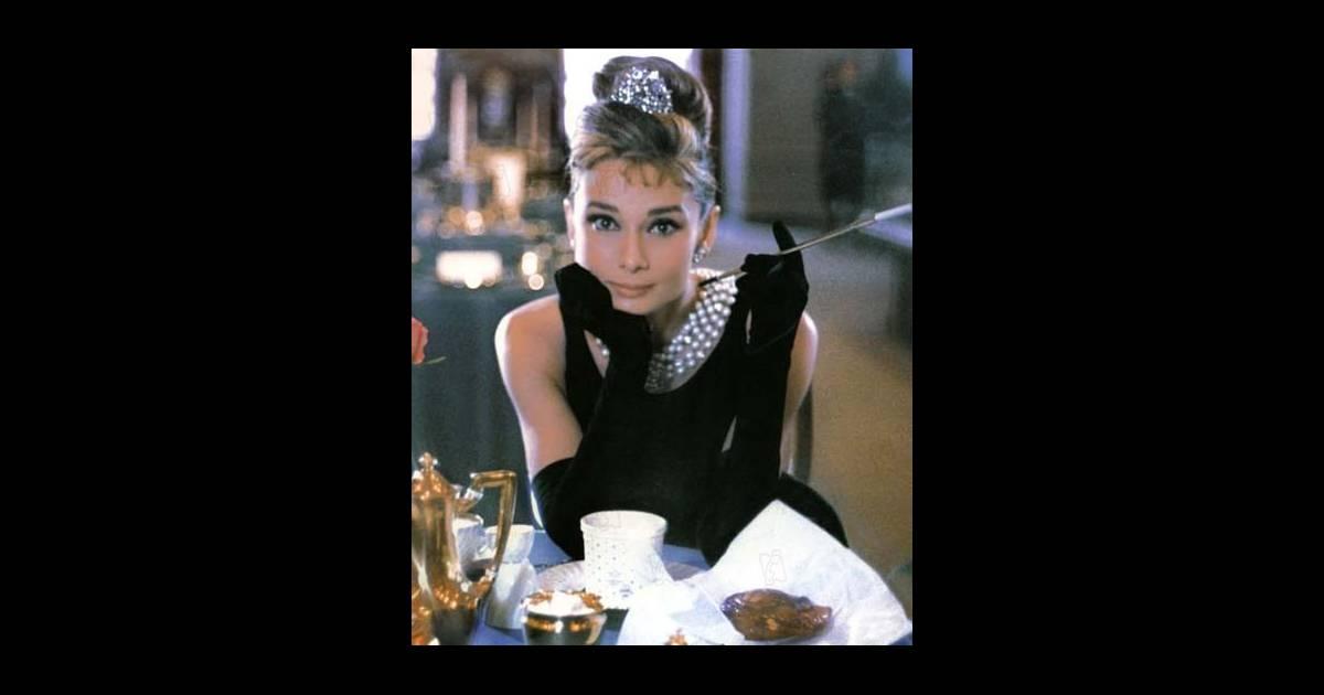 Audrey hepburn dans diamants sur canap for Diamants sur canape