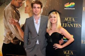 Robert Pattinson raconte sa soirée bien arrosée avec Reese Witherspoon !