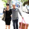 Selma Blair et son compagnon Jason Bleick dans les rues de Los Angeles le 10 mai 2011. L'actrice accompagnée de son ami se rendait à son rendez-vous hebdomadaire chez le médecin.