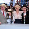 Ezra Miller, Tilda Swinton, Lynne Ramsay et John C. Reilly lors du photocall de  We need to talk about Kevin , en sélection officielle au 64e Festival de Cannes, le 12 mai 2011.