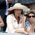 La maman de Kate, Carole Middleton, au Derby d'Epsom, le 4 juin 2011.