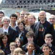 Guy Alba, Catherine Laborde, Zinedine Zidane, Amel Bent et Sandrine Quétier lors du 4e Prix de l'Ambassadeur ELA au musée du Quai Branly à Paris le 8 juin 2011