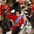 Le prince William le palais de Buckingham à Londres pour un défilé à cheval avant de se rendre à l'anniversaire de la reine le 11 juin 2011